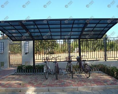 柯洛比自行车车棚案例